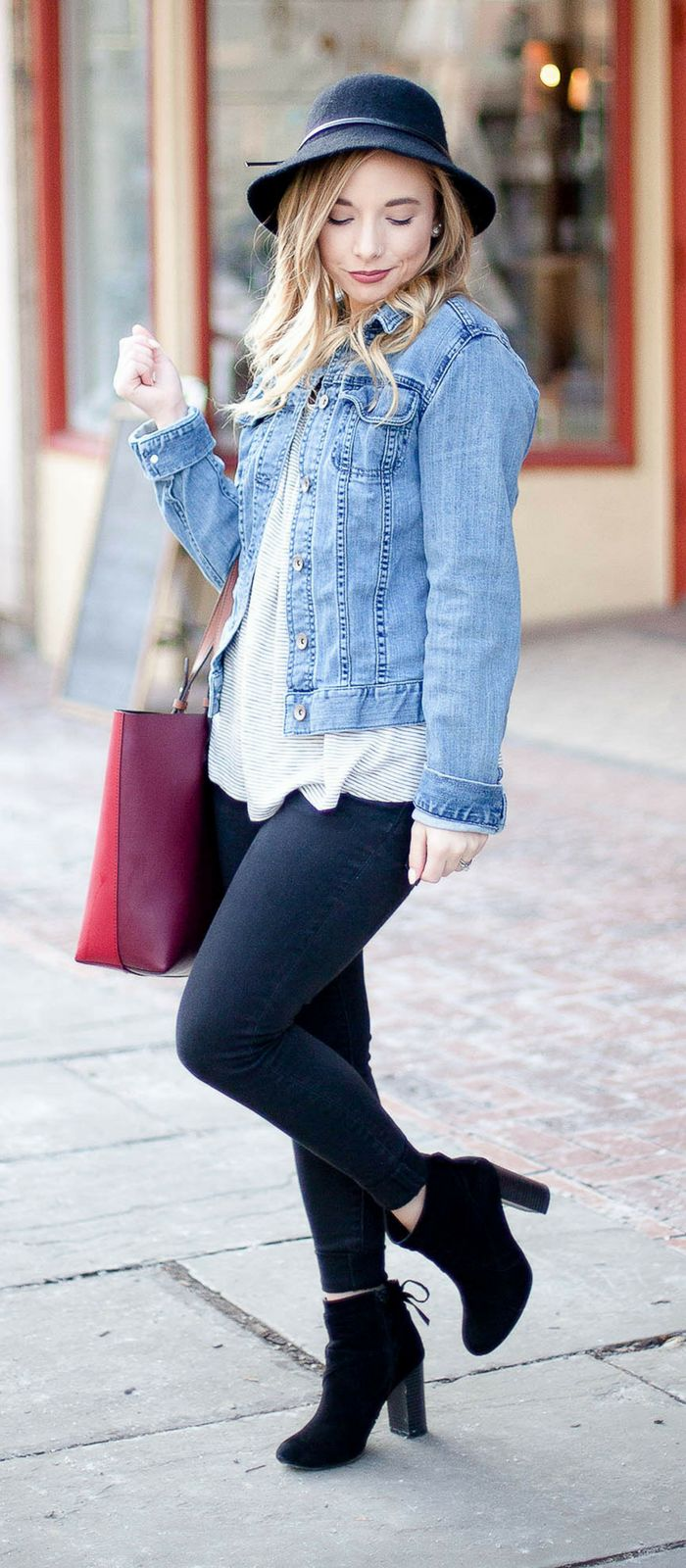 Casual Outfit | Denim Jacket | Black Skinny Jeans | Booties | Fossil