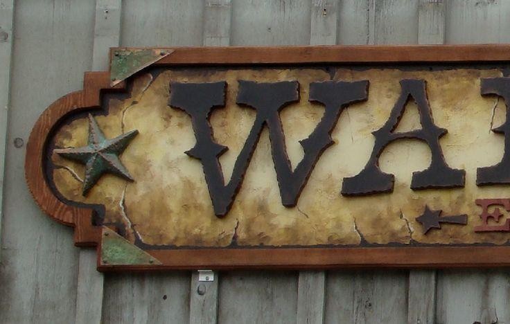 23 best insegne antiche e in stile images on pinterest for Aggiunte garage per case in stile ranch