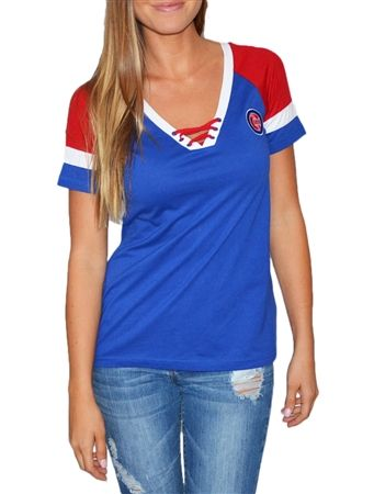 Love the laceup look of this Chicago Cubs tee