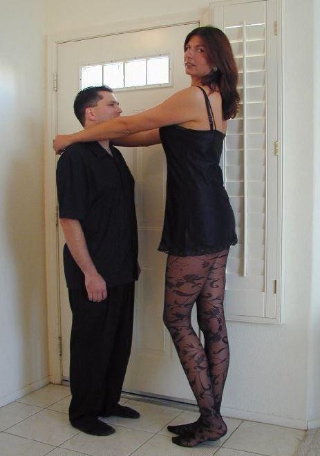 6.6 feet tall in cm