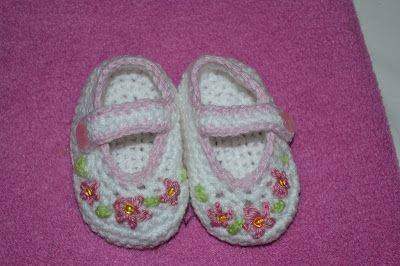 Poplap met 'n Stoflap - link to Mary-Jane pattern on blog. They are very easy to make.