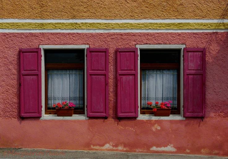 Finestre-colorate-a-Costa-a22084986.jpg (1000×700)