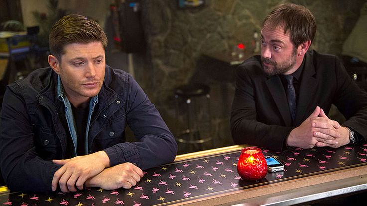 'Supernatural' Season 10: Jeremy Carver discusses Dean and Crowley's 'bromance' and 'real monsters'