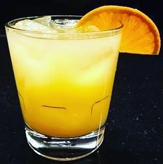 Wizard World Cleveland World Comic Con is coming to our neighbor Huntington Convention Center of Cleveland on Friday and we've got some whamming good cocktails to celebrate.  Let us introduce you to the The True Believer  Absolut Citron orange juice Prosecco.  The backstory?  This is a phrase used by Stan Lee to refer to loyal comic book followers when he signed off in editorials and his favorite drink is a screwdriver according to an interview in Esquire  Cheers!  #wizardworld #comiccon…