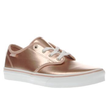 Vans Gold Camden Stripe Girls Youth Little ones can dip their toes into the metallic trend too, as Vans serve up their Camden Stripe trainer for kids. Arriving in gold faux-leather, the upper is joined with subtle branded accents for a  http://www.MightGet.com/january-2017-13/vans-gold-camden-stripe-girls-youth.asp