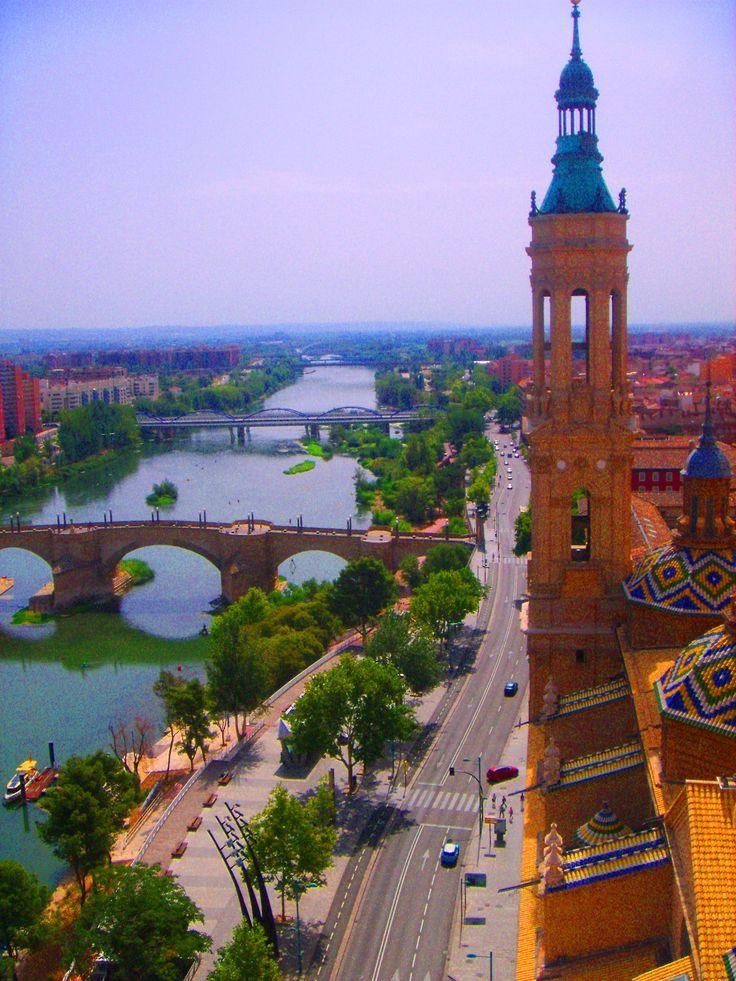 Zaragoza . Vista del río Ebro desde la torre de la Basílica del Pilar | ✈ Stunning TRAVEL DESTINATIONS to Dream Of | Pinterest | Spain, Zaragoza and Places