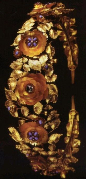 """Made for Queen Theresa, wife of Ludwig I of Bavaria c. 1815, probably Italian. Can be shortened. Sheet gold, turquoise, amethyst, emeralds, pink topaz and pearls. G. Munn, """"Tiaras: A History of Splendor"""""""