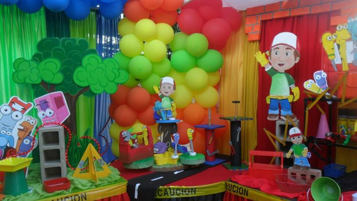 17 best images about bubba 39 s 4th handy manny birthday for Handy manny decorations