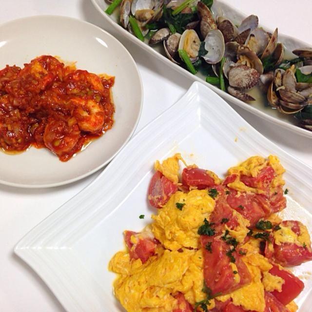 ご飯が進むー - 8件のもぐもぐ - エビチリ、卵とトマトの中華風炒め、アサリの酒蒸し by yutae