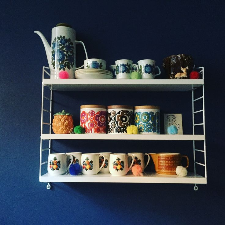 #string #shelving #vibtage #crockery #collection #hornsea #staffordshire #meakin #sylvac #stiffkeyblue #farrowandball