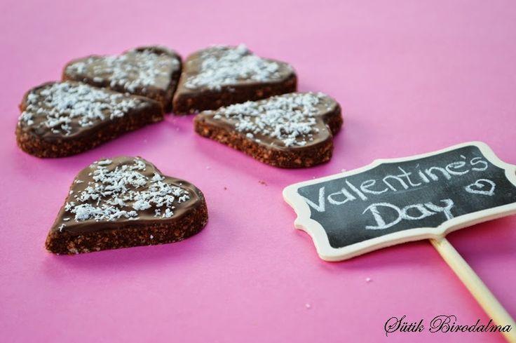 SÜTIK BIRODALMA: Valentin napi desszert: Csokis kekszsüti / Valentine's Day dessert: Chocolate biscuit