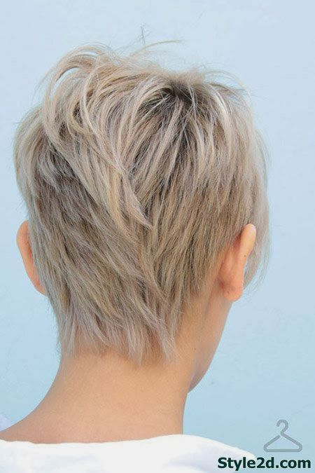Back View Short Layered Hair img2216fc88dcf32c964