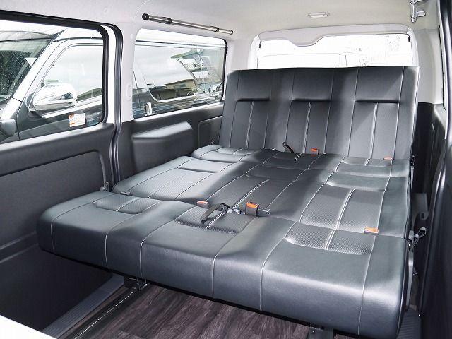 ハイエース 維持費の安い4ナンバー8人乗りfd Box5に1300mmシートデビュー ハイエース 車 内装 キャンピングバン