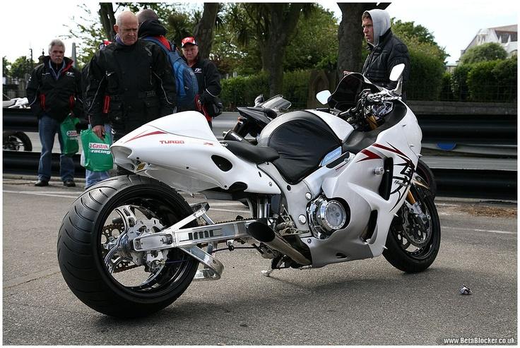 30 best images about hayabusa on Pinterest   Bikes, Custom ...