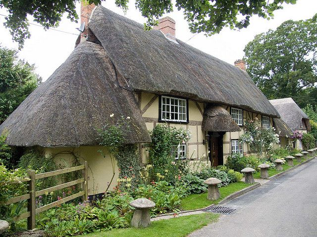 Thatched cottage in Wherwell, a village near Andover in Hampshire.  I really do need to go to Wherwell!! They have some GREAT looking cottages there.