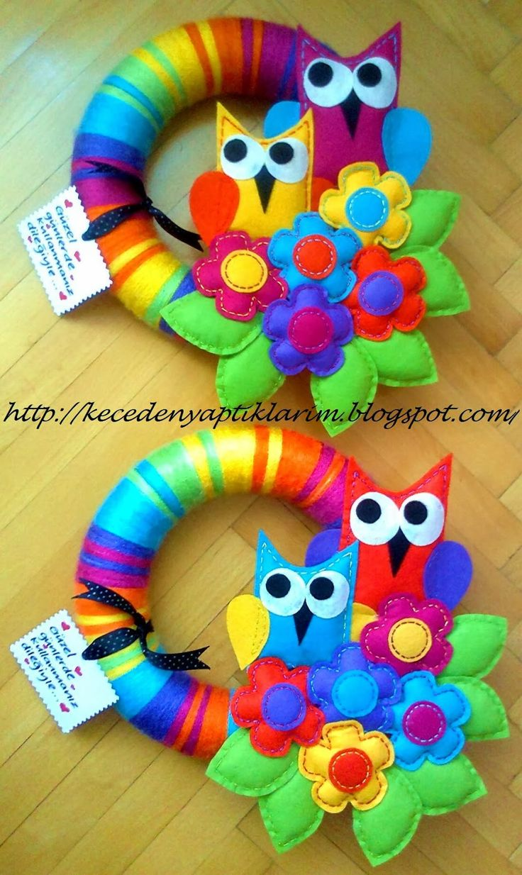 felt owl wreaths Y'all check out this site not in English but a ton of ideas