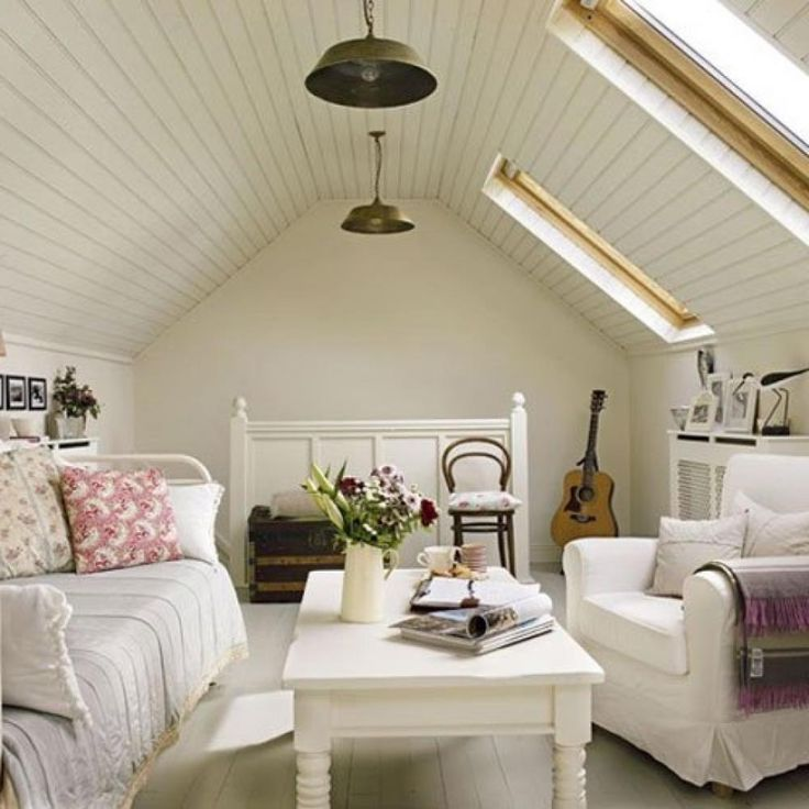 Best 25+ Small attic room ideas only on Pinterest | Small ...