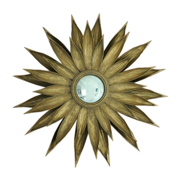 Espelho Girassol  - Espelho redondo concavo com moldura de metal em ouro envelhecido.Diâmetro 88 cm Altura 8 cm