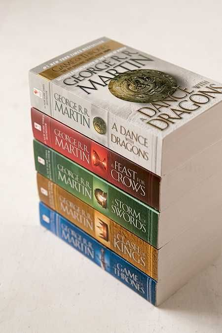 Game Of Thones 5-Book Box Set By George R.R. Martin
