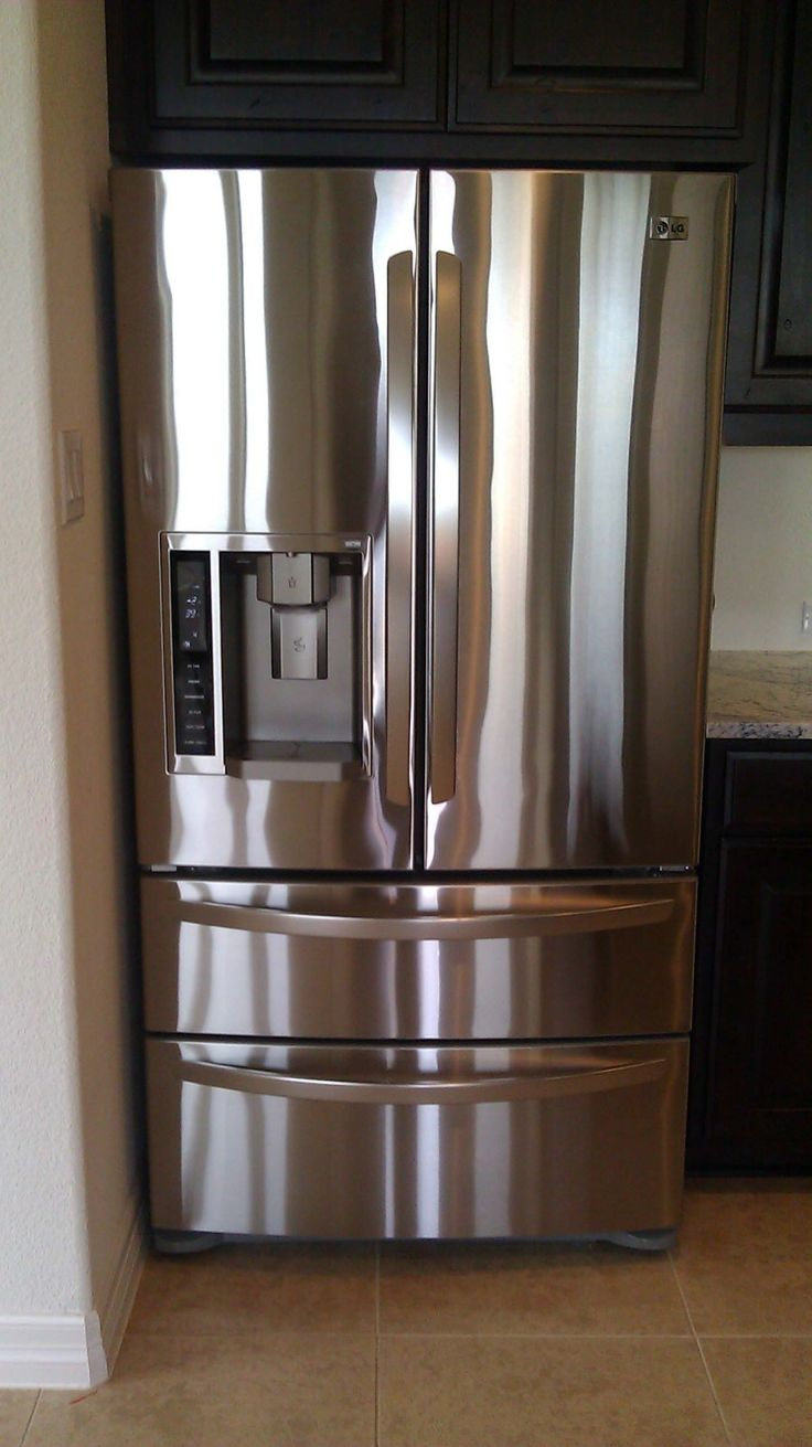 How to clean Stainless Steel...for real!  I use  Dust & Allergen Pledge along with a Microfiber clean cloth (thanks to a recommendation from a friend) to clean my Stainless. I find that it works much better then any Stainless Steel cleaner I have tried.