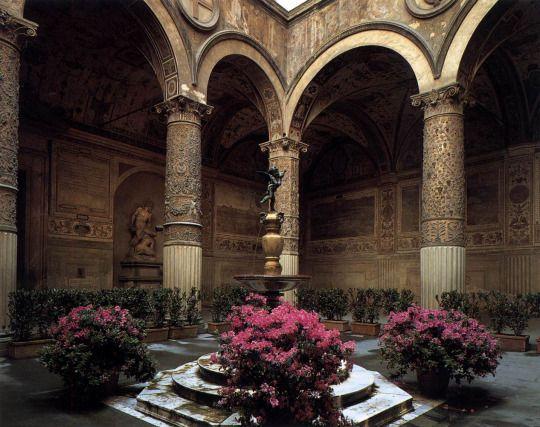 Palazzo Medici Riccardi, via Cavour, Florence, Italy.