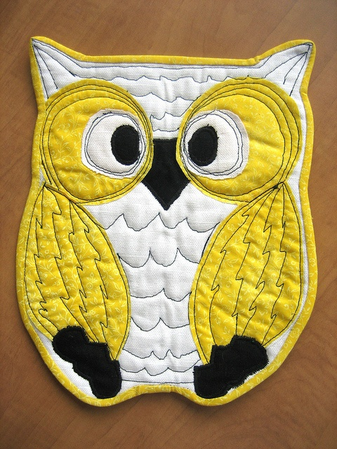 """""""Ole"""" the Quiltie Owl by mamacjt, via Flickr. would make nice mug rug or potholder"""