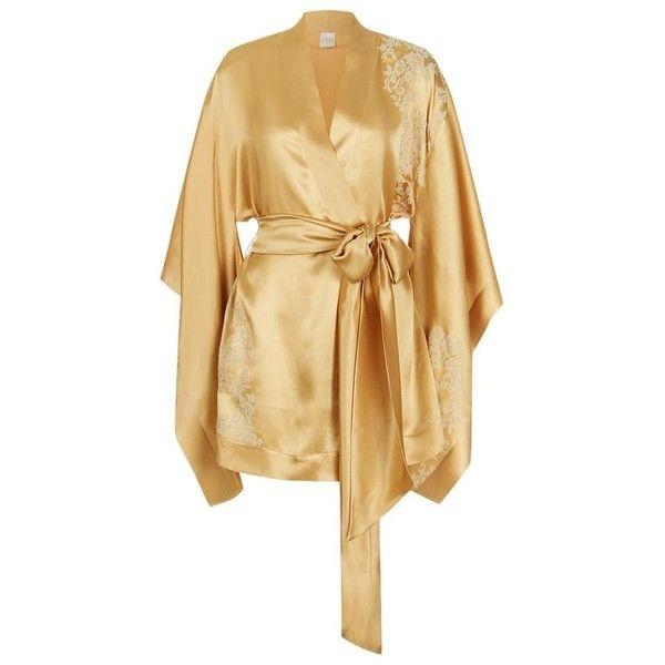 Carine Gilson Short Silk Kimono Robe ($1,540) ❤ liked on Polyvore featuring intimates, robes, short bath robe, kimono dressing gown, kimono robe, silk bathrobe and short robe