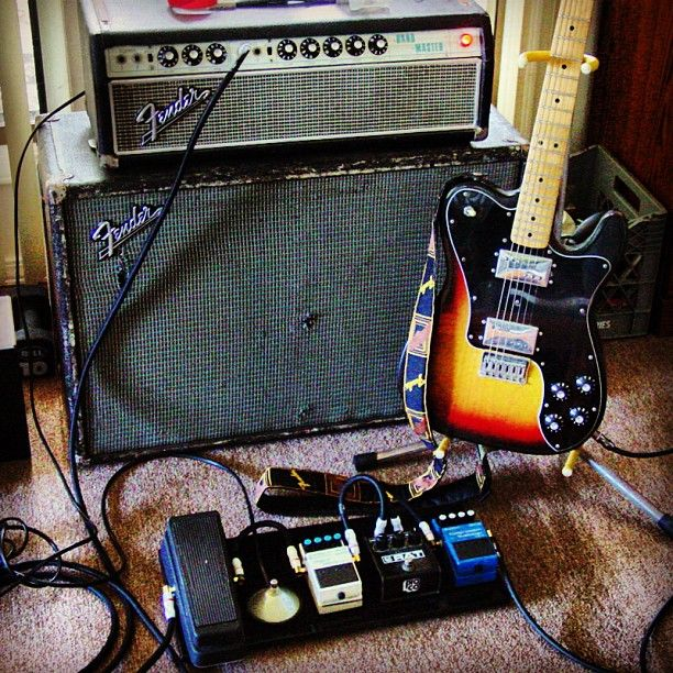 A little California sun made its way out to the Big Island. Silver face Fender Band-Master, Telecaster Deluxe, and Monster Studio Pro 1000. The best way to get the most clarity when using pedals. #fender #fenderbandmaster #bandmaster #silverface #telecaster #telecasterdeluxe #procorat #ratdistortion #rat #crybabywah #wahwah #bossdigitaldelay #monster #monstercable #monsterproaudio #monsterproducts #monstersp1000 #studiopro