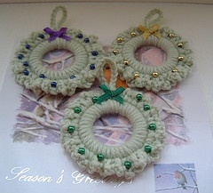 Crochet ring mini wreath decorations