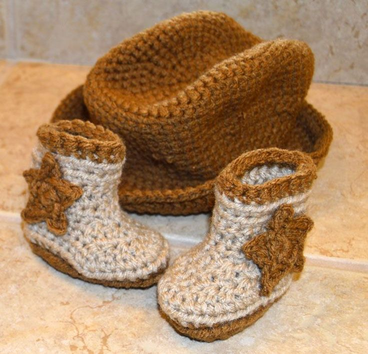 [Free Patterns] These Newborn Cowboy Hat And Boots Are Adorable - Knit And Crochet Daily