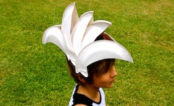 This is a hilariously fun Dress-Up Costume idea, a Sydney Opera House hat! Perfect for Australia Day or a countries dress up party.