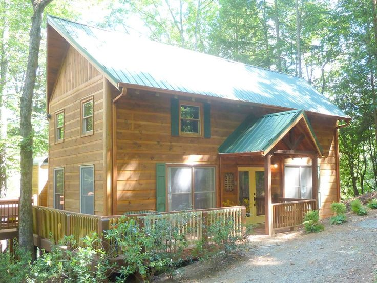 3 Bed, 3 Baths, 2 Fireplace, River view, WIFI , Complete