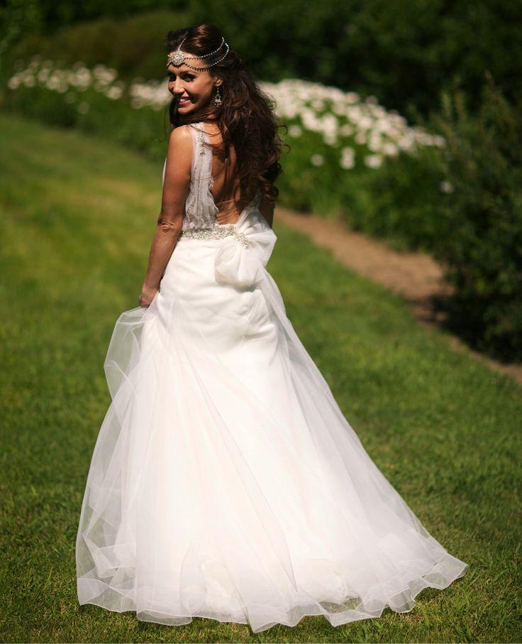 Pre Wedding Photos  Zahavit Tshuba Gown  Bride Fergil Ayash