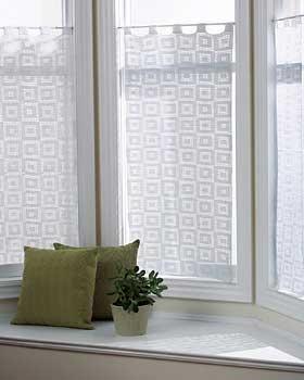 crocheted curtain pattern