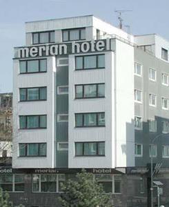 €77,17 Das Hotel Merian liegt 2 Gehminuten vom Kölner Hauptbahnhof entfernt.