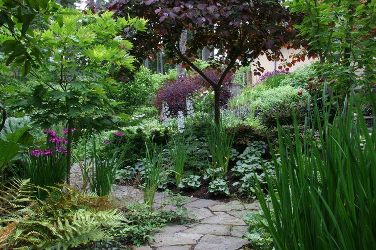 Suncatcher portfolio mosaic gardens landscape garden for Mosaic landscape design