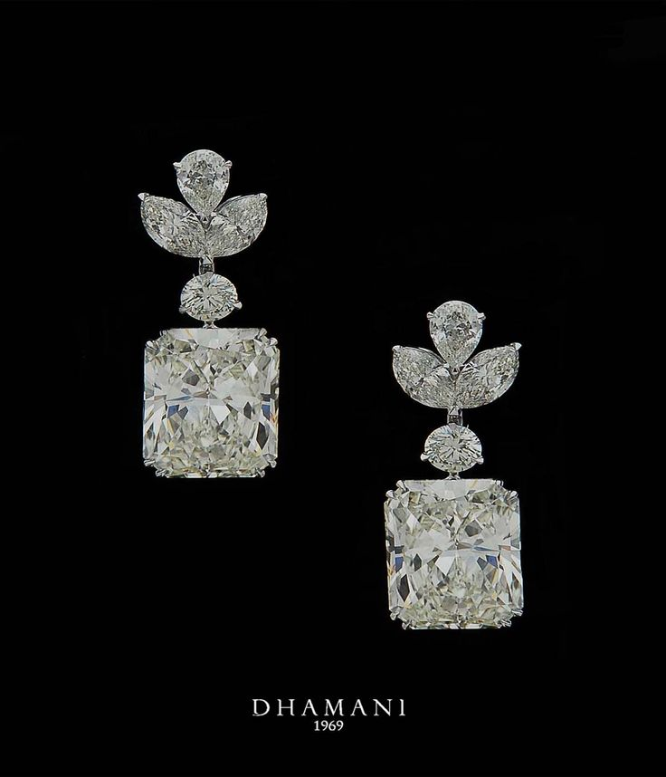 Enchanting #Diamond #Earrings from our exclusive collection at #Dhamani1969 at The Dubai Mall