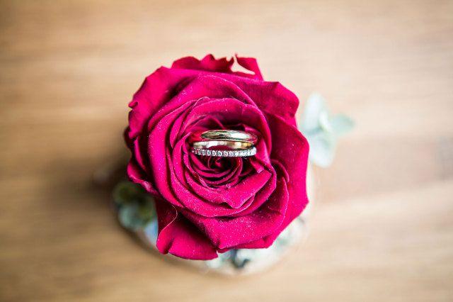 #trouwring #trouwringen #ringen #verloving #trouwen #bruiloft #inspiratie #wedding #engagement #ring #inspiration | Photography: Dario Endara | ThePerfectWedding.nl