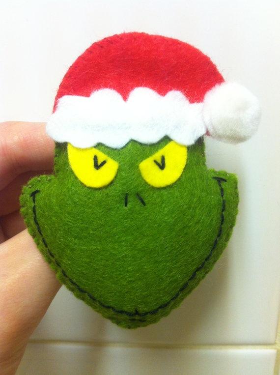 The Grinch Christmas Felt Badge brooch, retro holidays winter santa