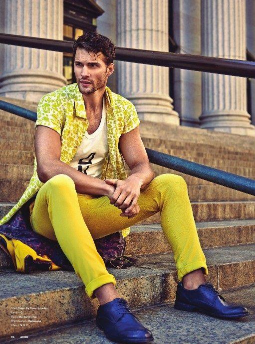 Amarelo.: