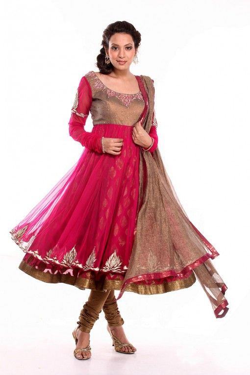 Flowing dark pink and copper anarkali for bridesmaids or pre-Indian wedding event by Ethniche on http://indianweddingsite.com/blog/2013/10/indian-bridesmaids-wedding-fashion-by-ethniche/