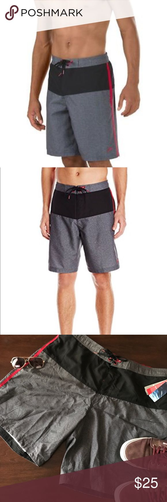 Taking offers! 🎉HP🎉Men's swim trunks The men's swim trunks feature an adjustable waistband for ultimate movability and comfort, whether you're swimming laps or hitting the waves. The shorts are 21 inches from the top of the waistband to the bottom of the short on the outside edge. No holds. No trades. Speedo Swim