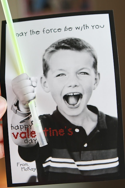 """Star Wars """"May the Force Be With You"""" 3D card. Perfect to make at whereurbookbegins.com for next year's Valentine's! @Sabrina Richards"""