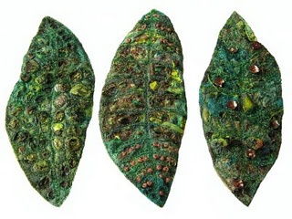 textured leaves tutorial - Carolyn Saxby, mixed media textile art