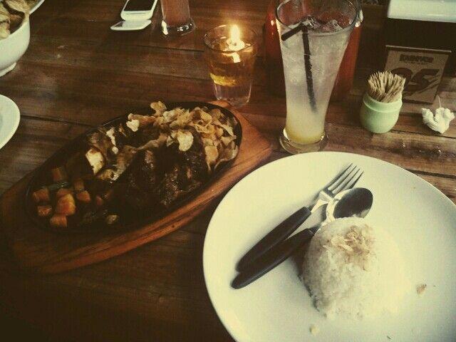 """Nasi dan Iga Sapi Bakar at Karnivor """"Let's meet out Meat! , Jl.Riau, Bandung, West Java, Indonesia"""