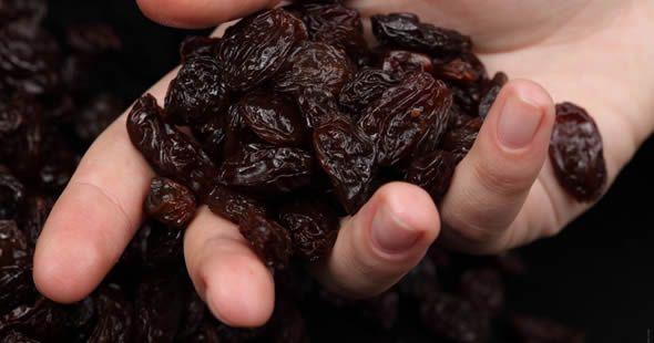 infuso uva passa pulire fegato