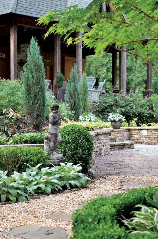 Pea gravel walkway with tranquil landscaping with subtle for Tranquil garden designs