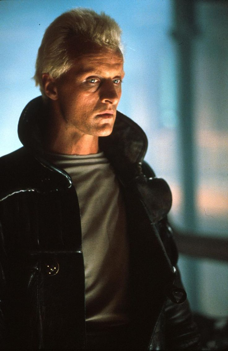 Blade Runner = actor - Rutgar Hauer ( if the character he plays in this movie hunts you = your as good as caught !! ) ⭐️