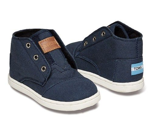 Tiny TOMS Navy Paseo Sneaker  Love it! checkout www.sweetpeadeals.com for more baby clothes and Items up to 80% OFF!