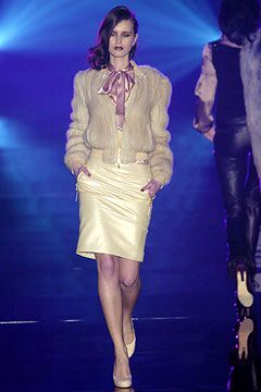 gucci outlet store uk Julien Macdonald Autumn Winter 2004 5 Ready To Wear